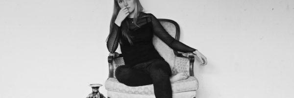 Stone Willow Interviewing the Talented Singer, Songwriter & Artist Sarah Troy Clark